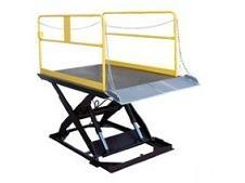 Lifts-Dock Lift